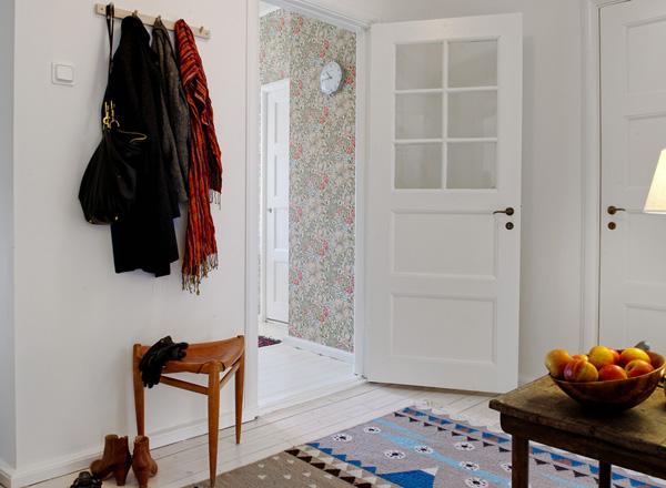 Hur inreder man en hall på en liten yta? u2039 Dansk inredning och design