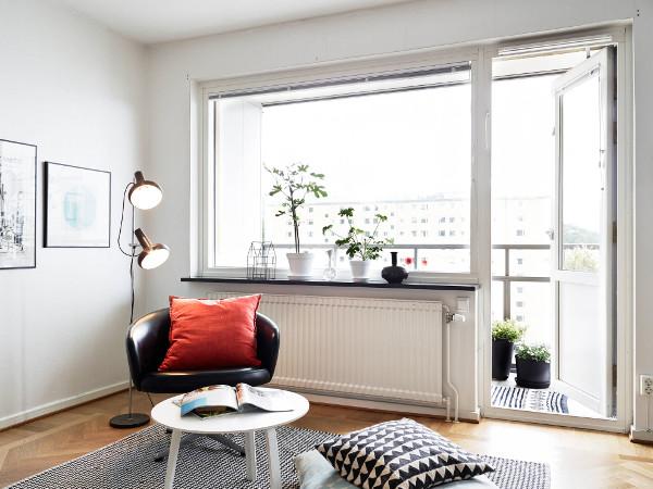 h nf rande utsikt s derv nd balkong och naturn ra l ge dansk inredning och design. Black Bedroom Furniture Sets. Home Design Ideas