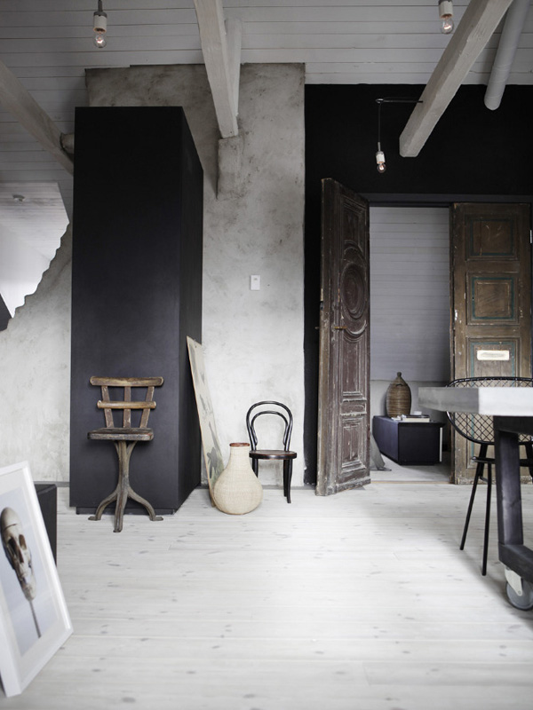 Vacker vindsv ning med en mix av betong och vintage for Interieur decoratie online shop