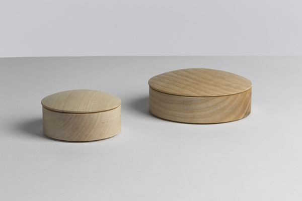 WH Lens Box Stackable maple 01