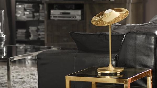 Skew-table-brass