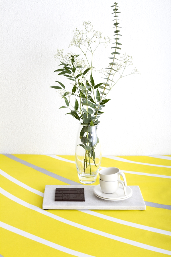 Vallila_SS15_Sade_yellowgrey_tablecloth_photographerHennaSoronen_2