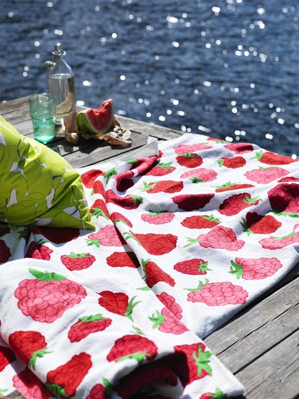 ikea sommaren 2015 jordgubb filt