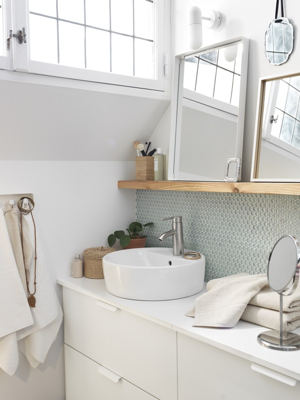 small white bathroom ideas aprilnyheter fr 229 n ikea 2 sov bad och belysning 20579