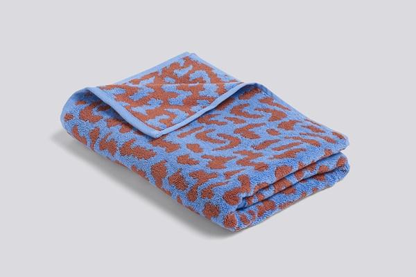 WH IT bath towel