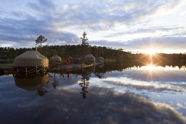 Lager-Szene beim Canvas Hotel, Nissedal, Telemar, Norwegen.