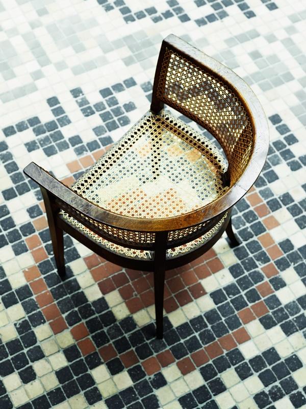 Faaborg_Chair_Oak_Burr_Mosaic