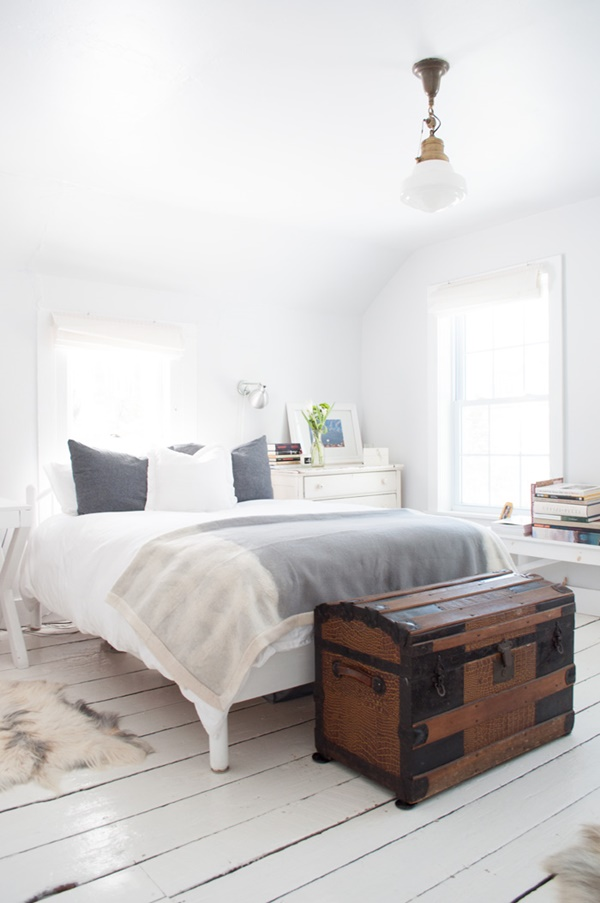DesignSponge_JMGenerals_Kitchen_Bed_1