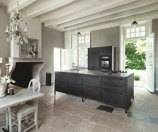 Kitchen02_vipp_nantes_red