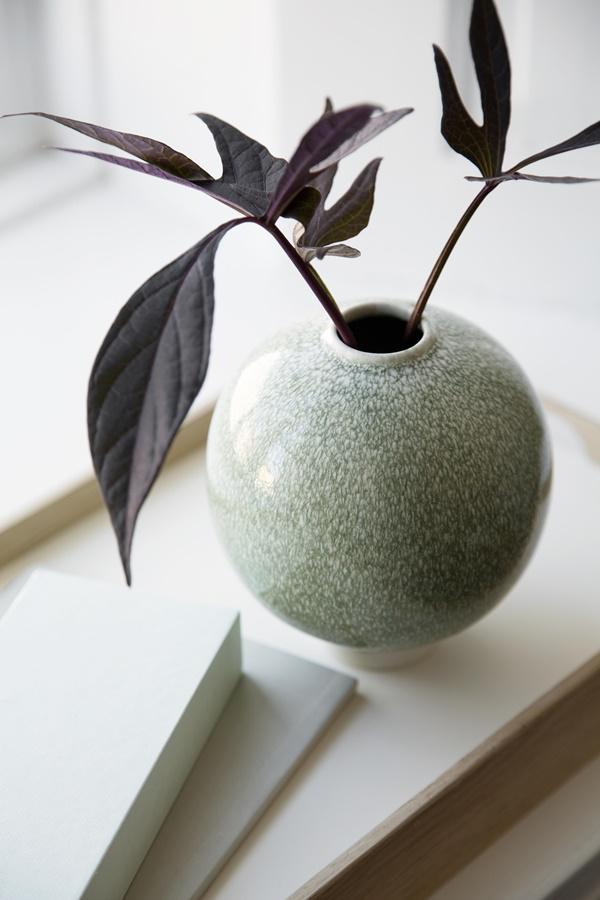 Unico Vase H125 Moss (close)_High resolution JPG_232118