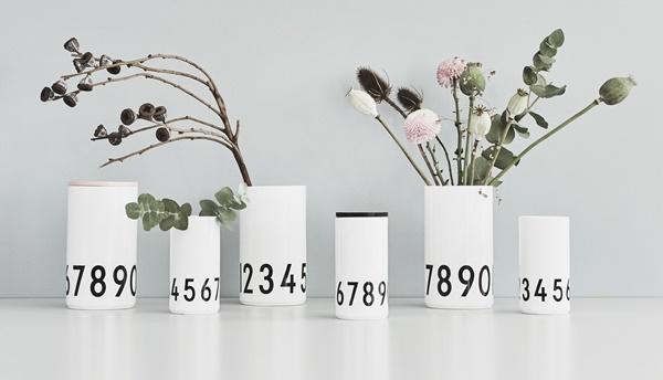 Vases design letters