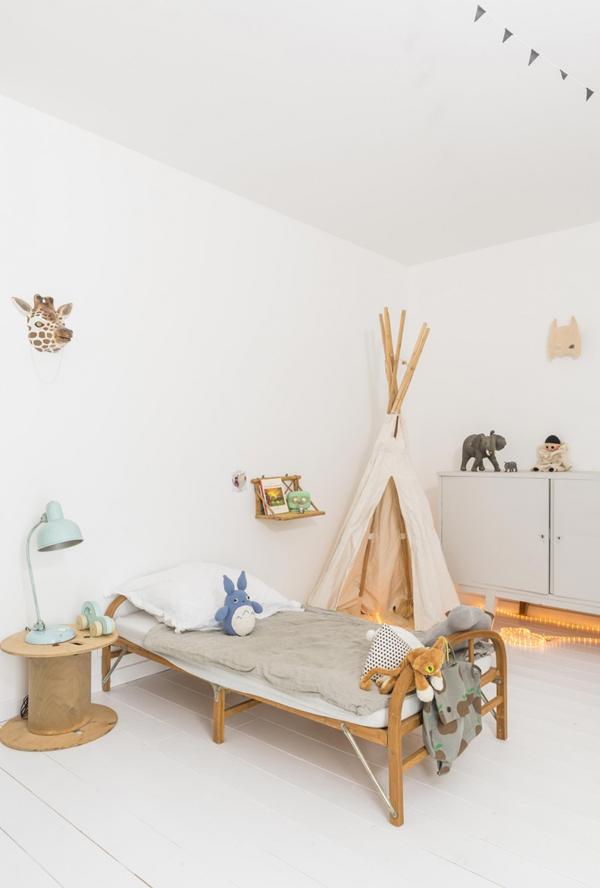 Chez-constance-et-dorian-biarritz-interieur-bois-blanc12