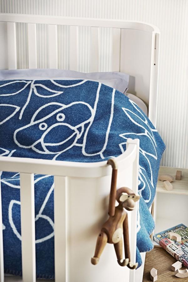 Kay Bojesen_Blanket blue_interior3