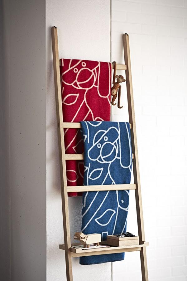 Kay Bojesen_Blanket blue_red_interior