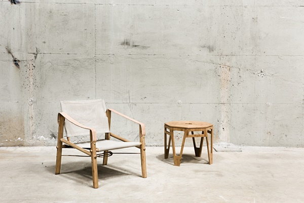 Nomad-chair-and-octagon