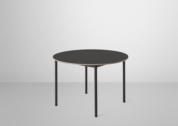 Base_table_black_plywood_edge_O110_greybackground_medium