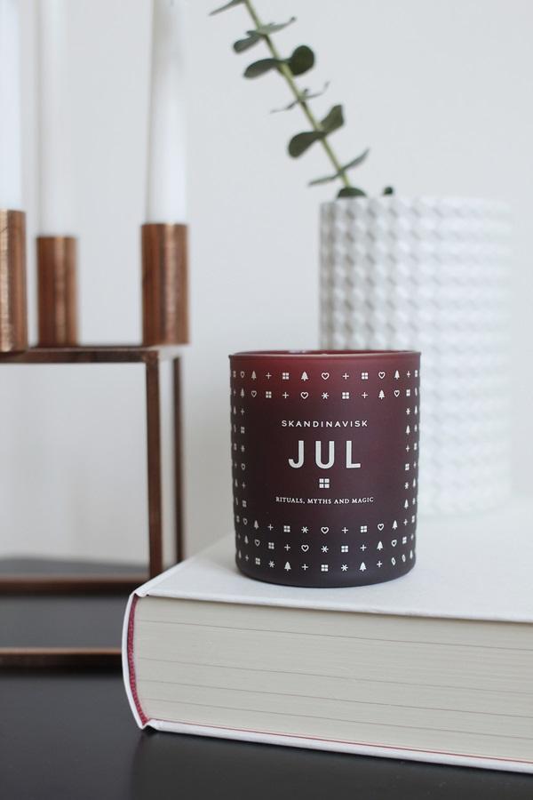 JUL Scented Candle.3.SKANDINAVISK