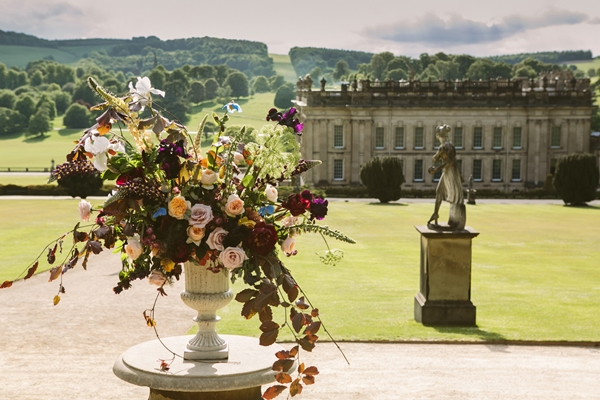 Chatsworth_House_Flowers_Stately