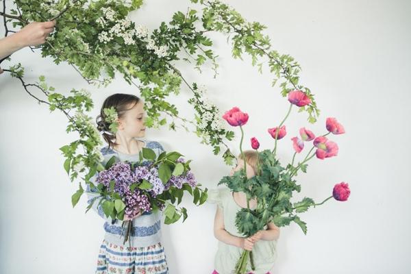 Flowers_Children_Wild_Fun