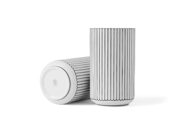 Lyngbyvasen_Porcelain_White-Black_38cm_LyngbyPorcelain_01