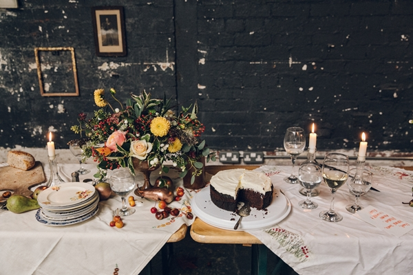 VaseToTable_dinner_party_flowers