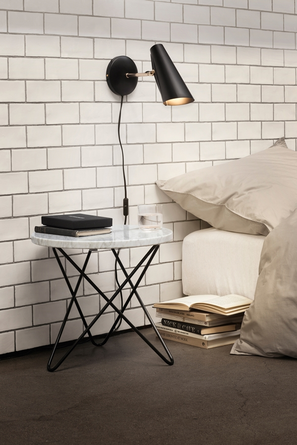 Birdy_wall_short_black_bed-High-res_Photo_Colin_Eick