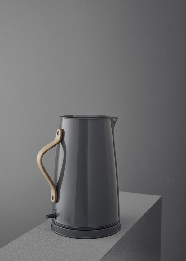 x-210-1_Emma_electric_kettle_grey