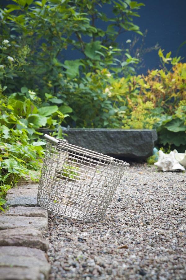 Bucket 24 - Garden