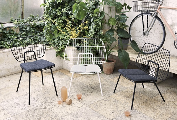 WM_String_Chairs_Location_08_Download 300dpi JPG (RGB)_267276