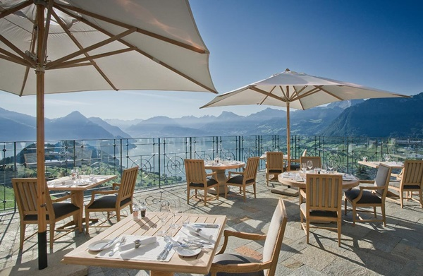 villa-honegg-restaurant-terrasse_jpg_1150x0_q85