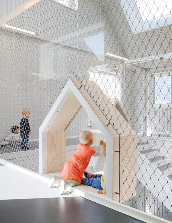 village-for-kids-frederiksvej-kindergarten-cobe-preben-skaarup-architects-copenhagen-denmark_dezeen_936_10