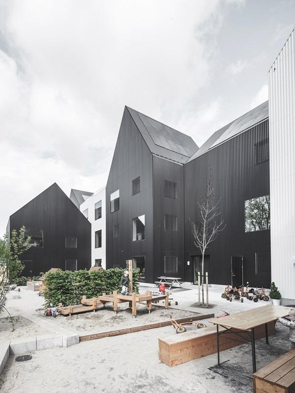 village-for-kids-frederiksvej-kindergarten-cobe-preben-skaarup-architects-copenhagen-denmark_dezeen_936_3