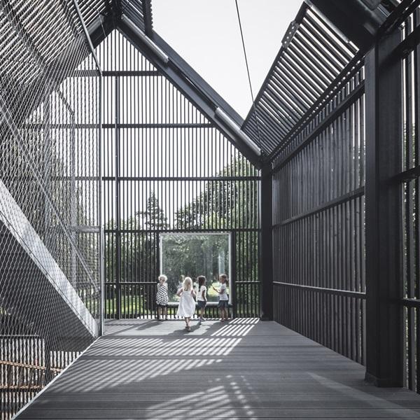 village-for-kids-frederiksvej-kindergarten-cobe-preben-skaarup-architects-copenhagen-denmark_dezeen_936_6