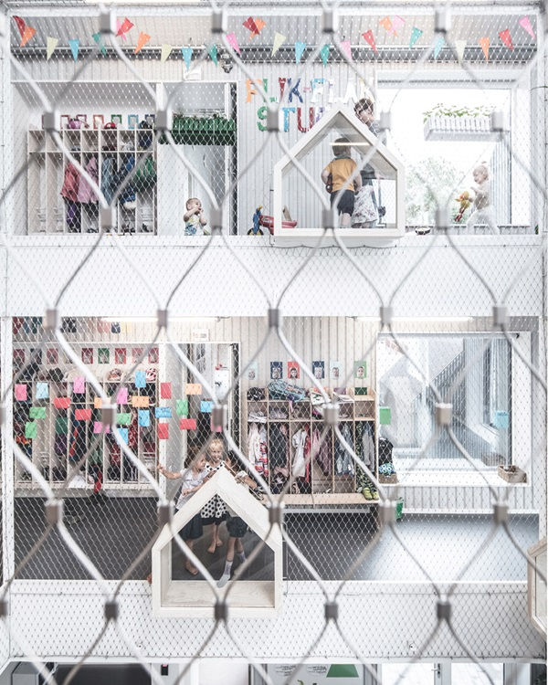village-for-kids-frederiksvej-kindergarten-cobe-preben-skaarup-architects-copenhagen-denmark_dezeen_936_8