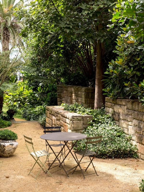Gothic_Garden_Slide11-600x800