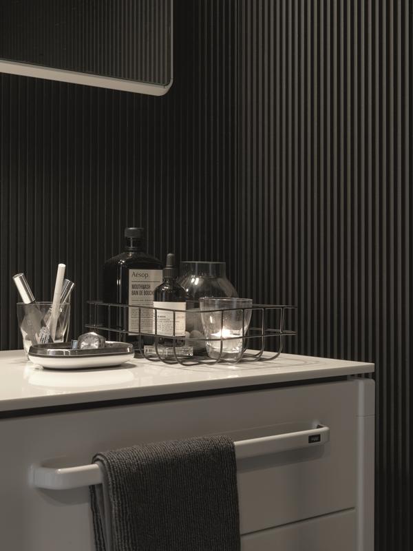 Vipp-Shelter-Egelunds-Bathroom01-High