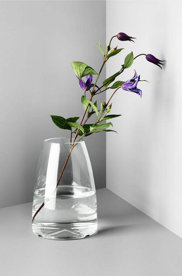 7041601_clear glass vase
