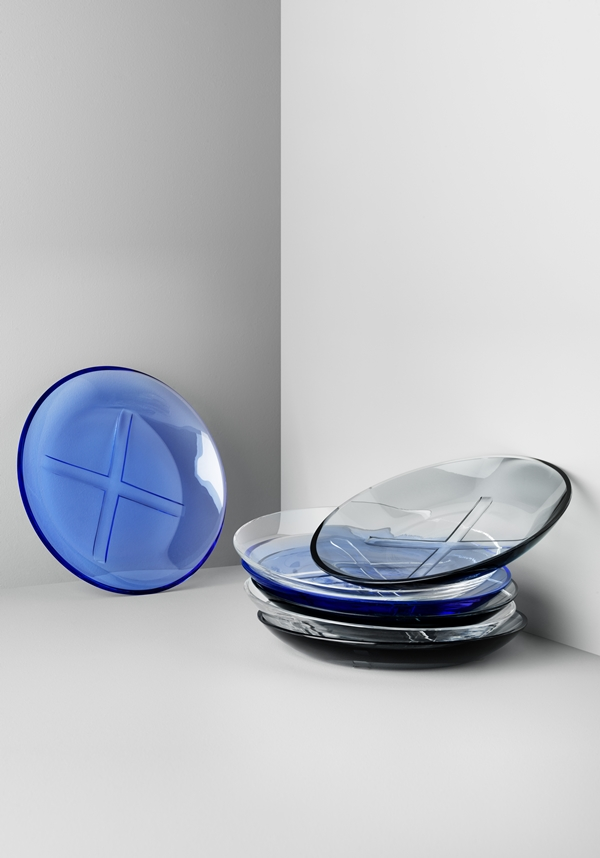 7071601_clear glass plate_7071602_smokey grey plate_7071603_water blue plate
