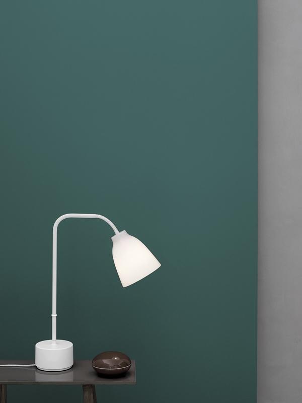 caravaggio-read-table-opal-installation-25981