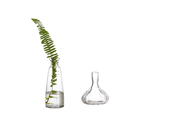 små vaser glas midsommar