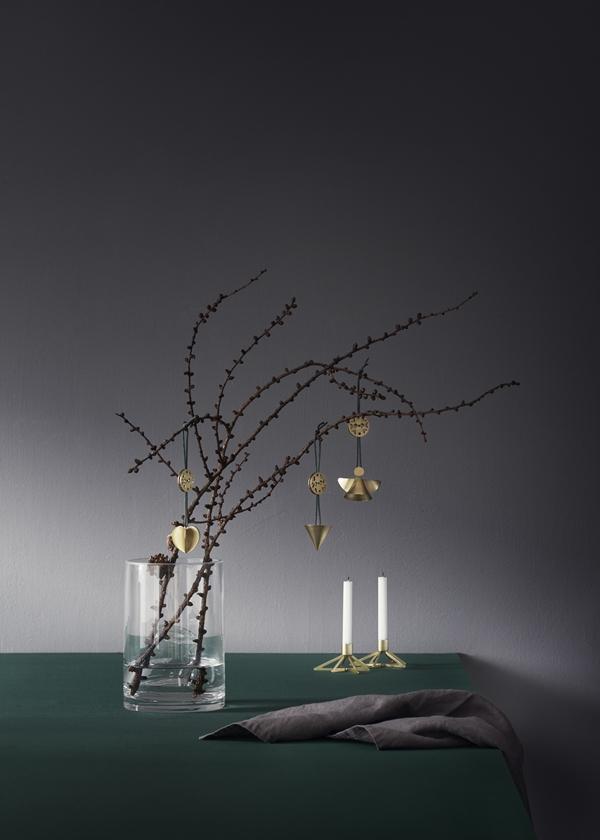 Stelton_Christmas_Nordic_ornament_Tangle_star_candleholder