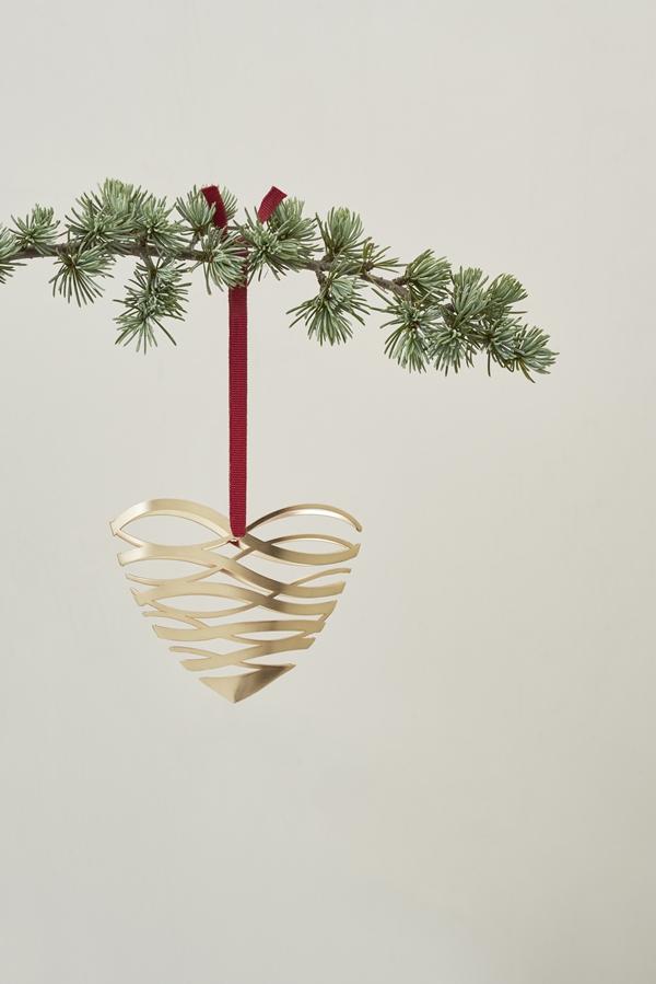 Stelton_Christmas_Tangel_heart_ornament
