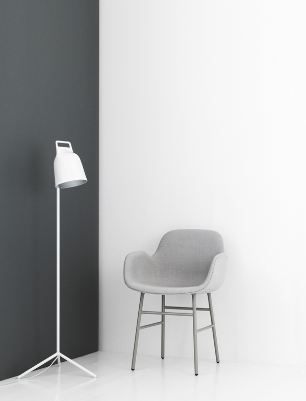 505074_stage_floor_lamp_white_10