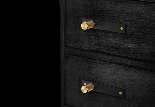 buster-punch-furniture-handle-black-brass-2