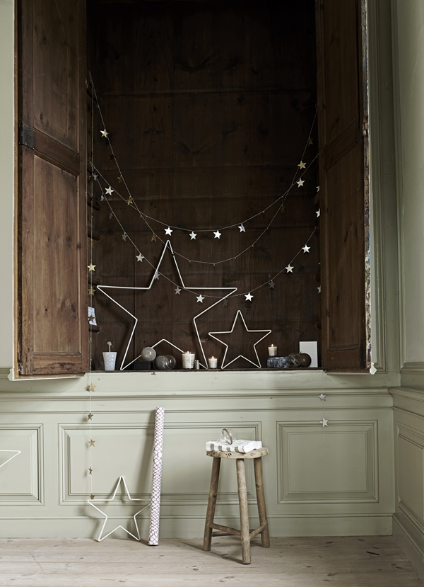 iron-stars-and-stars-on-strings-for-christmas_high