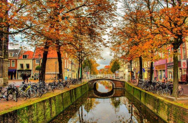 autumn_in_delft_by_siddhartha19-d5iu3iq-634x417
