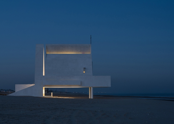 seashore-chapel-beidaihe-new-district-china-beijing-vector-architects-religion-beach-church-light_dezeen_1568_5