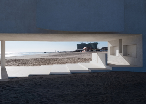 seashore-chapel-beidaihe-new-district-china-beijing-vector-architects-religion-beach-church-light_dezeen_1568_6