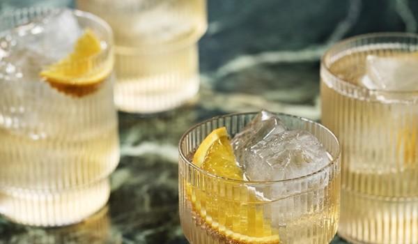 Djurkuddar : Glas ? dansk inredning och design