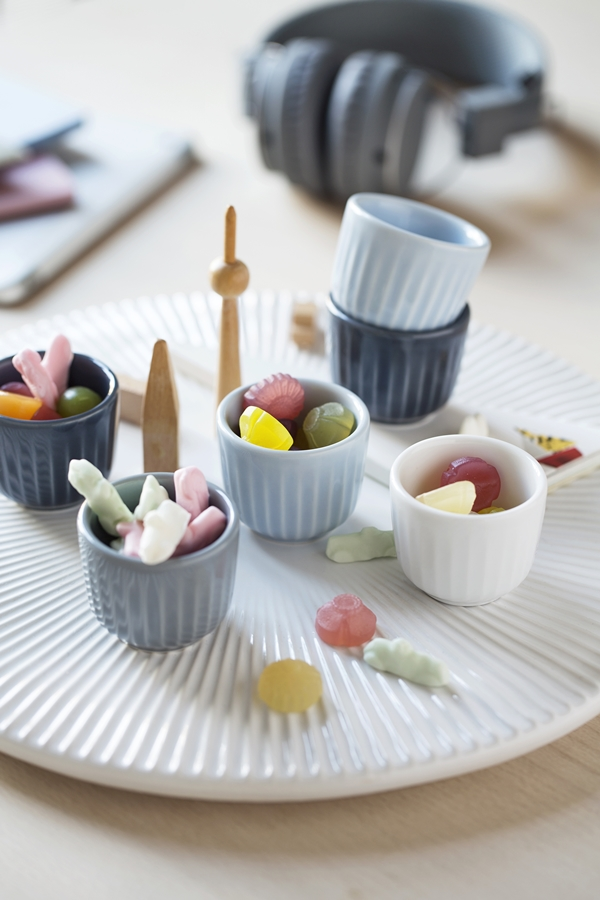 hh_eggcups_candy